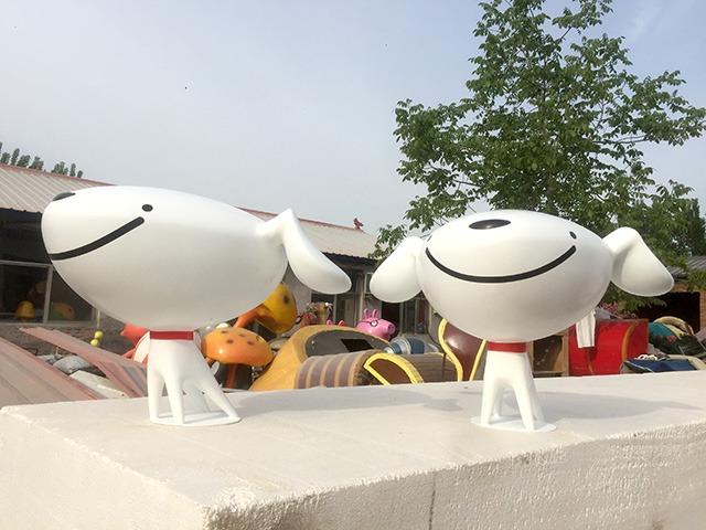 京东吉祥物玻璃钢雕塑制作
