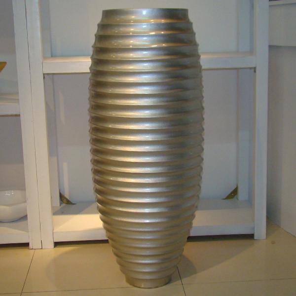 北京幽尼坊-螺纹榄瓶
